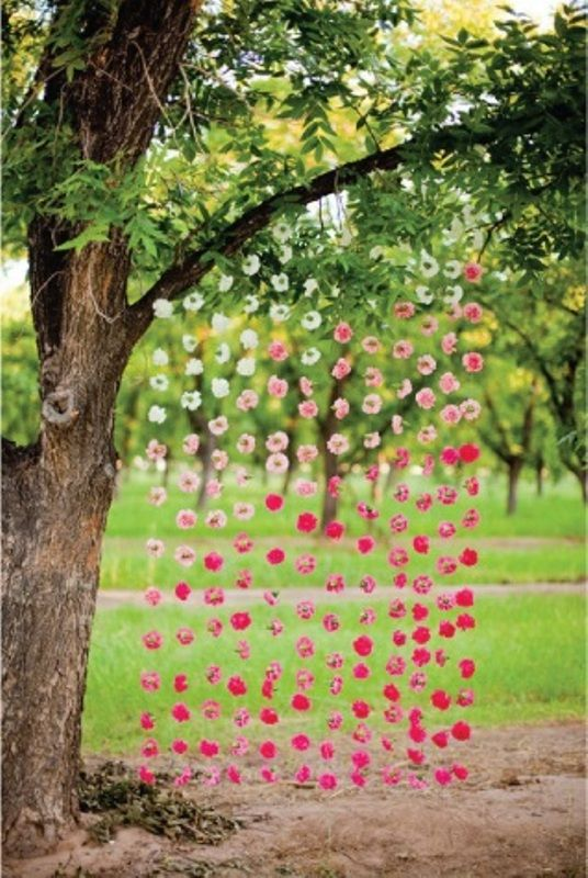 Wedding decor idea: Single flowers on strings; but vary the shades - from lighter to darker of the same colour. #indianwedding #weddingdecor