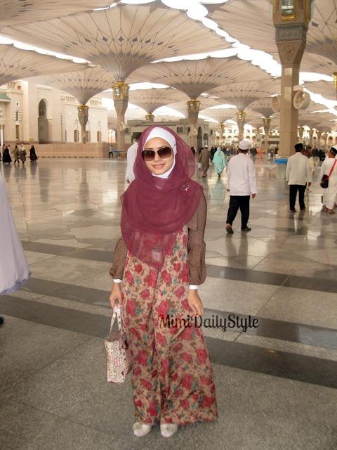 Medina, Rock, Big Umbrella, and Holyland #SimplyMii #MuslimFashion #Muslim #Fashion #Designer