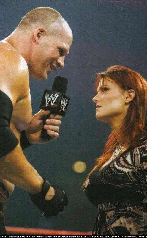 Kane And Lita Kiss