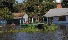 Ese enlace se trate del impacto de contaminación por todo el mundo. En particular se dice que en Paraguay la falta de tratamiento del sistema de aguas subterráneas está afectando al acuífero Patiño, que a da agua a más de 2 milones de personas en Central.