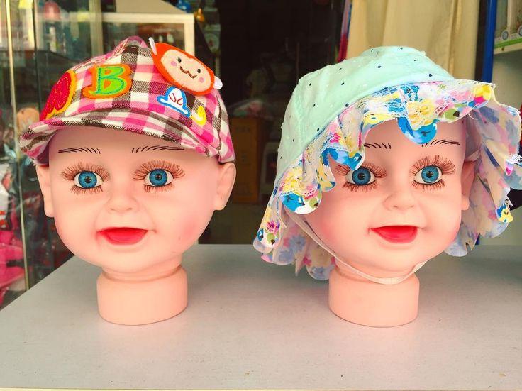 ぎょ つけま上下ばっちり赤ちゃんマネキン . . . #thailand #scenery #market #mannequin #odd #タイ #マネキン #つけま #マーケット