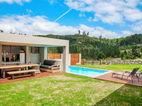 R3.9 - 3 Bedroom House in Simola, v104 woodlands estate, Amazing affordable new home in Simola!. Designed by award winning architects, a variety of three bedroomed homes are available in this valley area of the Simola Golf & Country Estate.