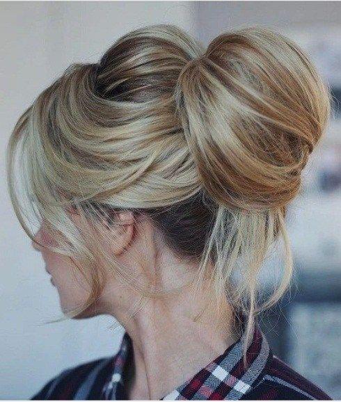 15 Top Knoten Frisuren Frisuren Frauen Bun Hairstyles Messy Top Knots Long Hair Styles