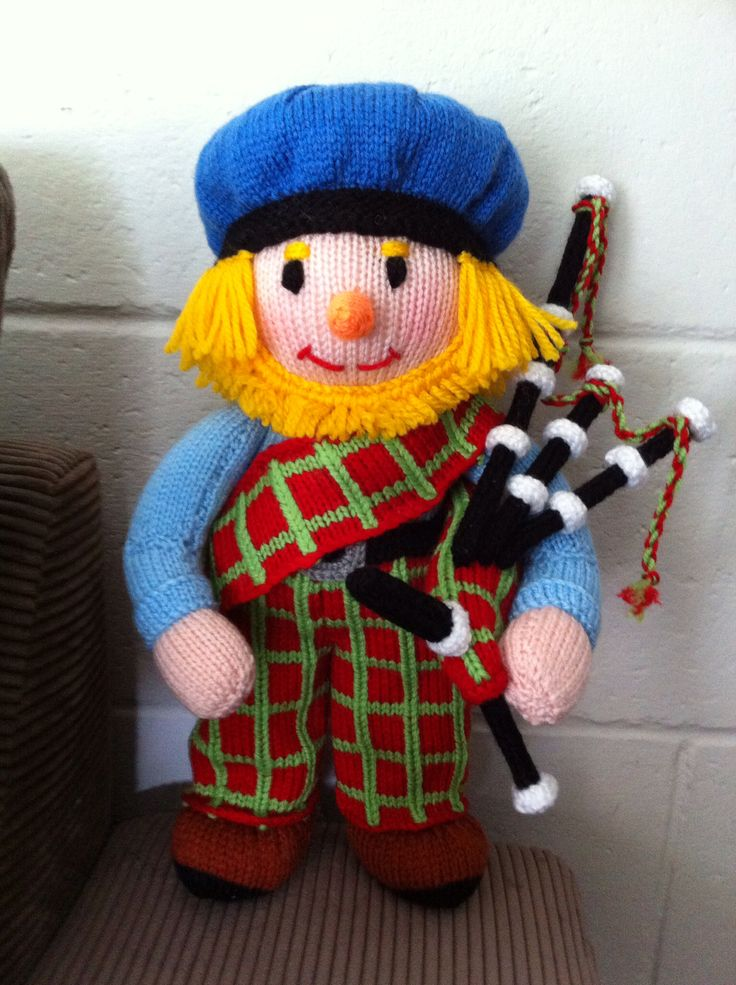 My Hand Knitted Scotsman - Country Show Prize winning knit #JeanGreenhowePattern