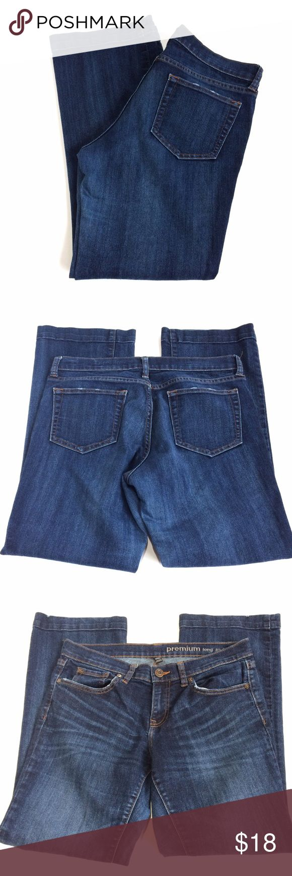 GAP Jeans Long and Lean 8/29A Pre-owned in good condition.  This is a long and lean style jean with a size of 8/29A.  No stains or tears. GAP Jeans