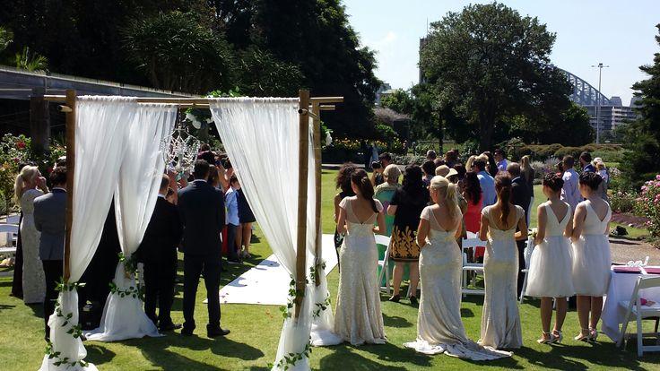 Weddingceremony#gardenceremony#weddinghire#sydneywedding#whitecarpet#bamboocanopy