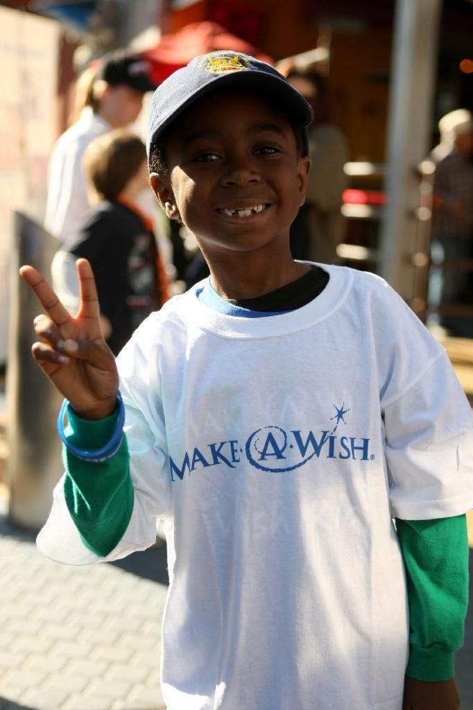 the make a wish foundation should be supported Make-a-wish works to ensure that the wish is each child's one true wish- not their parents', siblings', doctor's, or volunteers' our wishes typically fall into four categories: i wish to go, i wish to be, i wish to meet, and i wish to have.