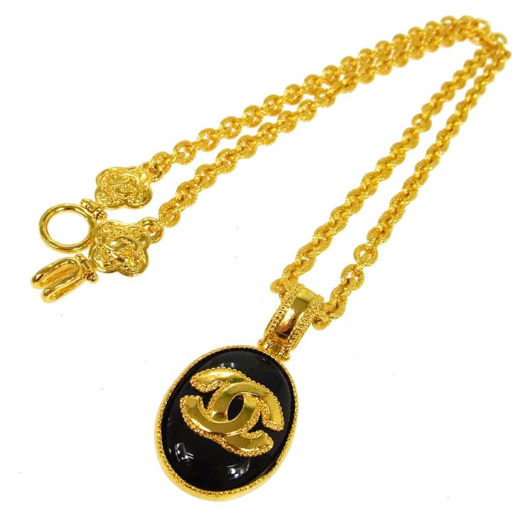 Authentic CHANEL Vintage CC Logos Gold Chain Pendant Necklace Accessories K07492 #Chanel #Pendant