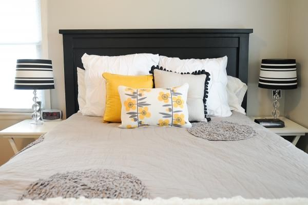 Farmhouse Bed | Do It Yourself Home Projects from Ana black with no slabs