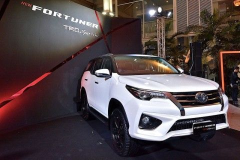 Toyota Fortuner with TRD Sportivo