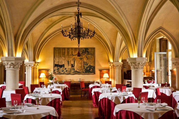 #rehab #rehabilitations #architecture #restaurant #hotel #eglise #cathedrale #design #luxe #cernay #abbaye #vaux #cernay-la-ville #vitrail #chambre #vaux-de-cernay #voûte