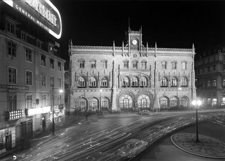 Estação do Rossio em Lisboa / Lisbon Rossio Station - Estúdio Mario Novais - Coleção F.C.G