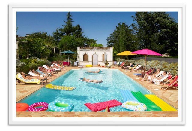 Pool in Bordeaux, France, Oversize
