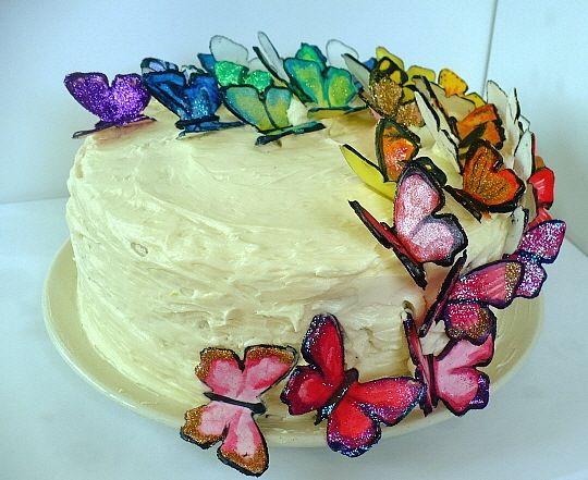 http://www.clockworklemon.com/2011/06/lemon-blueberry-butterfly-cake.html