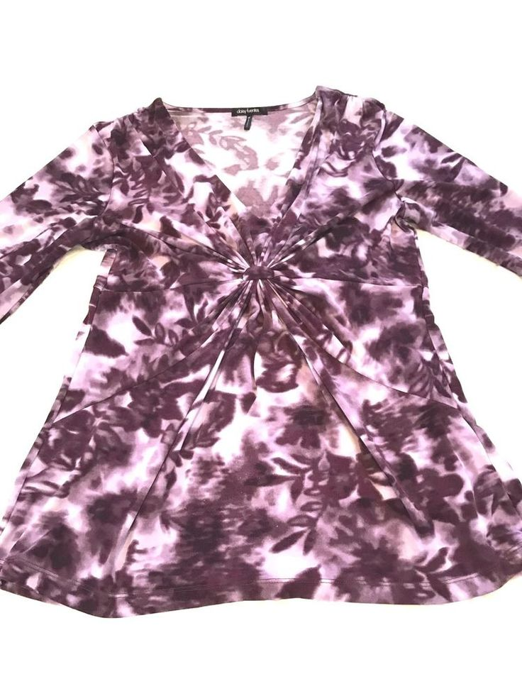 Daisies Fuentes Purple V-Neck Top Size Medium  | eBay