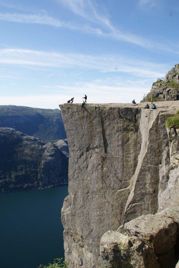 kosmopolo.de / Süd-Norwegen  ---------  Blog über Individualreisen mit vielen Fotos. Tipps zur Reiseplanung. USA, Australien, Israel, Norwegen und Städtetrips. Flugreisen, Mietwagenrundreisen, Camping mit dem VW Bus.