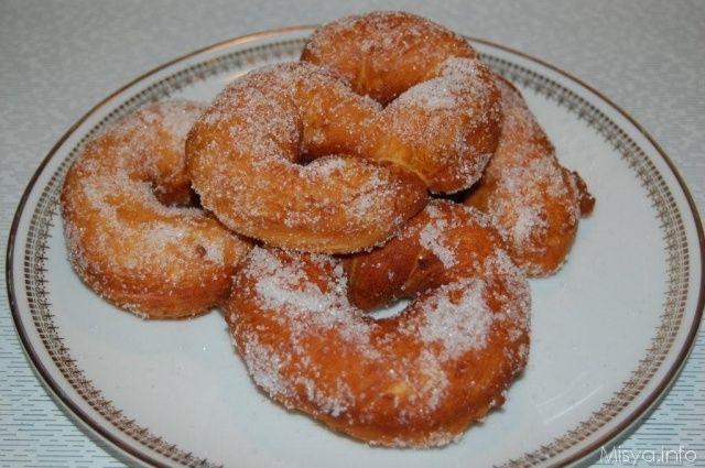 Zeppole di patate. Scopri la ricetta: http://www.misya.info/2008/03/18/zeppole-di-patate.htm