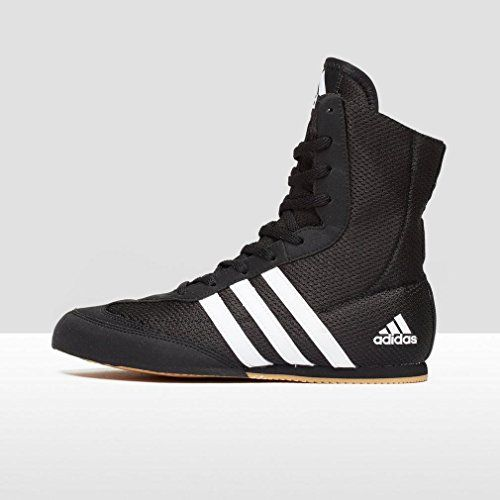 Go the distance with the adidas Box Hog II Boxing Boots. With its minimalist mesh upper construction to keep your feet cool and comfortable until the last bell. - Mesh upper to help keep your feet coo...
