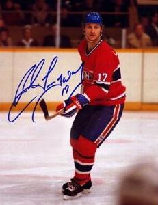 Langway s'est mérité un poste régulier dès sa 2e saison. Doté d'un sens de l'anticipation infaillible et distribuant des coups d'épaule redoutables, il assurait une couverture défensive hermétique pendant que ses collègues appuyaient l'attaque, déjà bien garnie. Malgré son style de jeu conservateur, il a préparé nombre de buts, récoltant 97 aides au cours de ses trois dernières années à Montréal. Il dispute son dernier match dans la LNH en 1993 et a été élu au Temple de la renommée en 2002.