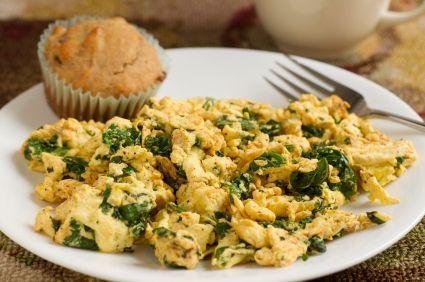 Sneak in veggies with this 15-minute breakfast: Kale & Eggs (136 calories, 9 g protein)