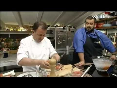 Berasategi y de Jorge preparan yogur de tomate y salmón ahumado - YouTube