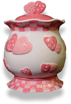 Fill this up with valentine cookies.Valentine Heart Cookie jar. Give to special friends, teachers. neighbor, Mom, Sister, Mother-n-law, Daughter-n-law, Doctors, Dentists and Grandchildren.....akt
