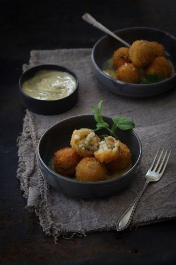 Risotto Bon Bons with Truffle Aioli recipe on www.nomu.co.za