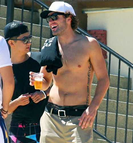 Brody Jenner in Cabo! Brody..yeah, he's another one. I just hope he leaves that sweet handsome face alone. Learn from Bruce's fail. Sorry Bruce