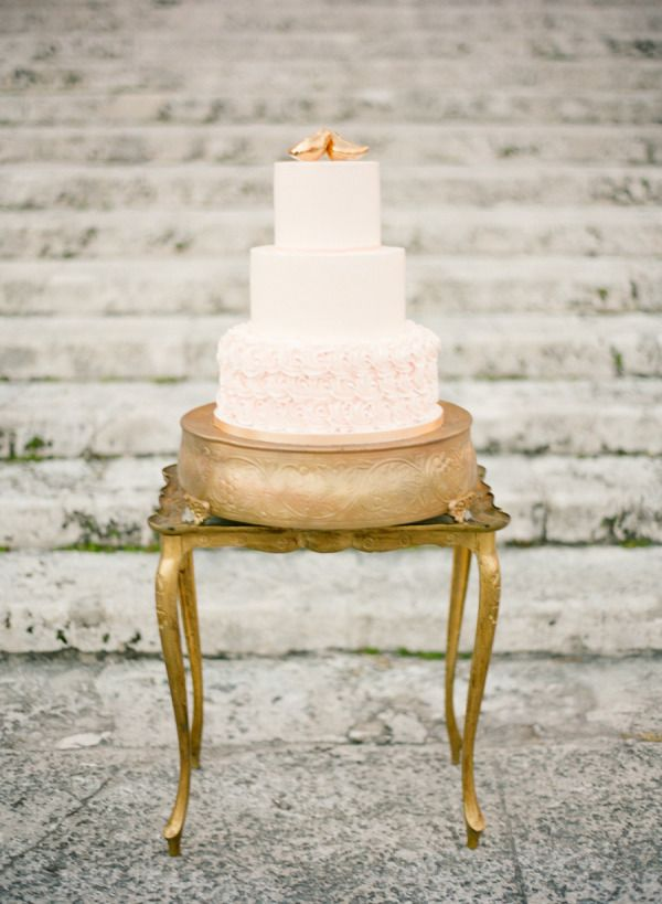 Gilded topper: http://www.stylemepretty.com/2015/08/09/15-ways-to-dress-up-your-wedding-cake/