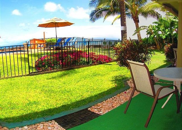 Hale Kai Resort West Maui Vacation Rentals #1603118 | Maui Hawaii Vacations Lanai facing the Ocean Front Pool