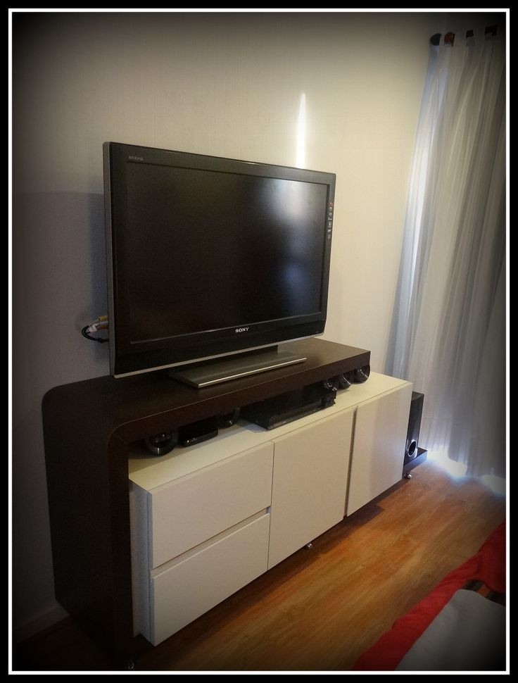 Mueble bif enchapado en duotono superficie para tv y for Mueble zapatero plastico