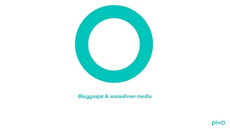 Bloggaajat & sosiaalinen media. Tutkimus siitä, miten maailman suosituimmat lifestyle- ja muotibloggaajat käyttävät sosiaalista mediaa.