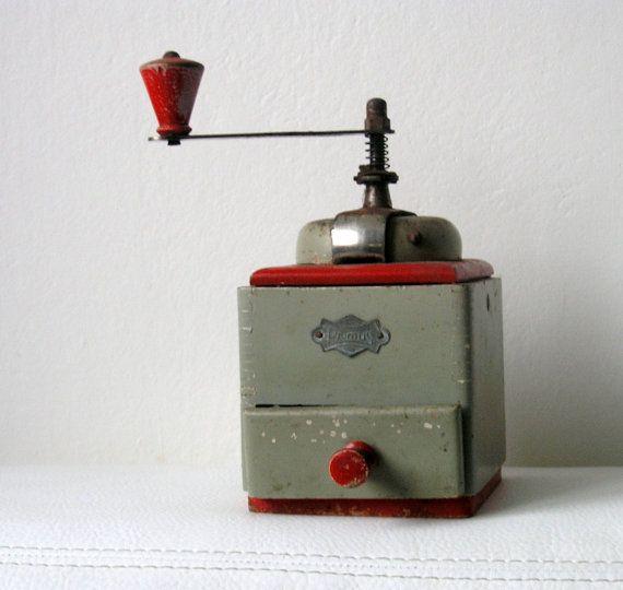 Vintage Coffe Grinders