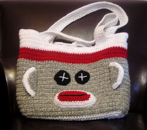 "Crocheted Sock Monkey Bag modified  from the original ""Starling Bag"" created by futuregirl. The Starling pattern is available here: http://www.futuregirl.com/craft_blog/downloads.aspx. Enter your email in order to download the pattern. Available in English, French, Dutch, and Italian. Thanks, Alice! Great share! ¯\_(ツ)_/¯"