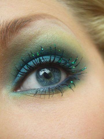 green *fairy* eye make up <3