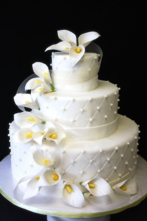 wedding cake lilies | Wedding Cake with Calla Lilies by CakeSuite, serving Connecticut and ...