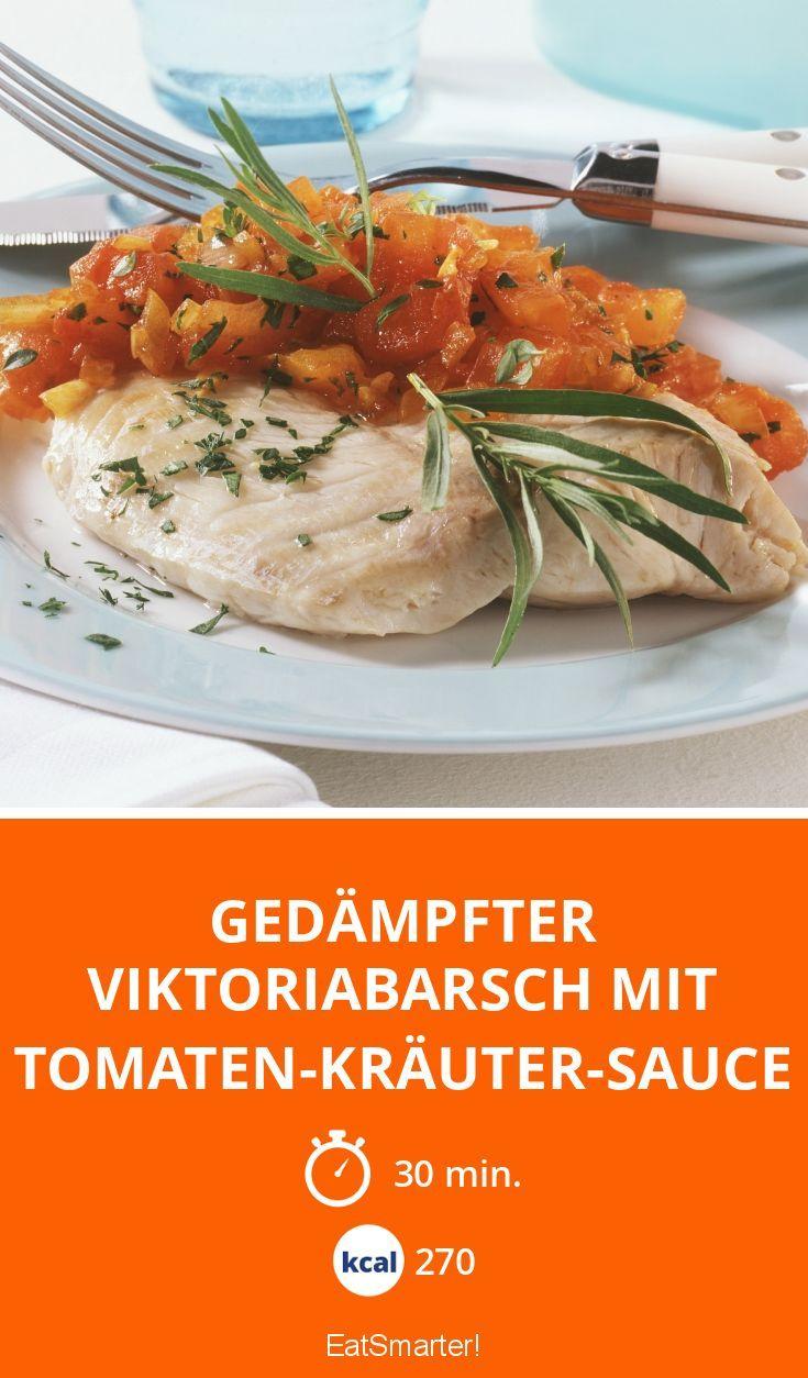 Gedämpfter Viktoriabarsch mit Tomaten-Kräuter-Sauce - smarter - Kalorien: 270 Kcal - Zeit: 30 Min. | eatsmarter.de