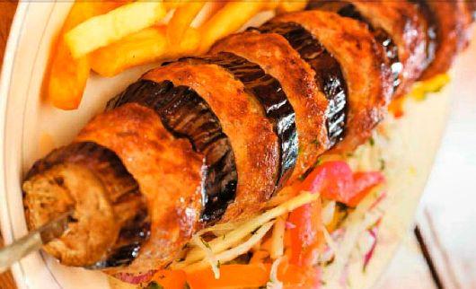 Кебаб с баклажанами http://www.kakprosto.ru/kak-927462-kebab-s-baklazhanami