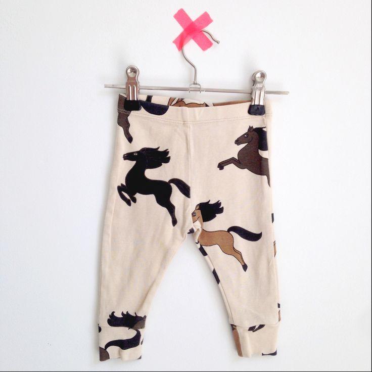 Opening soon! Looking for Charlie. Webshop met tweedehands kleding voor hippe babies #minirodini #tweedehands #babykleding #baby #webshop