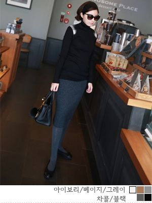 korean fashion online store [COCOBLACK] Patch rounds Paula / Size : FREE / Price : 26.47 USD #korea #fashion #style #fashionshop #cocoblack #missyfashion #missy #top #polatee #dailyitem