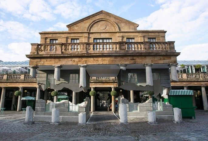 Alex Chinneck's hovering installation in Covent Garden | Covet Lounge - Curated Design