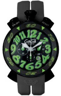 ブラックのケースとブラックのベルトでスポーティに仕上げられた時計です。ブラックの文字盤にライトグリーンのインデックスが映えてPOPでハイセンスな印象を与えてくれています♪指針には傾向塗料が施されていて見やすさもバッチリ。他のブランドにはないガガミラノらしさ溢れるクロノです。