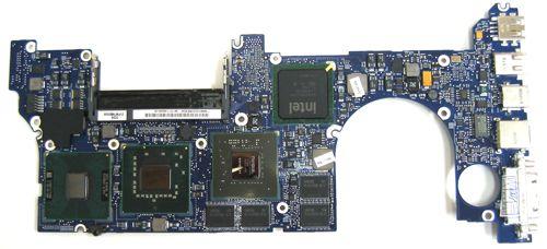Logic Board Macbook Pro 15-inch 2.4 GHz MA896LL 820-2101 A1226