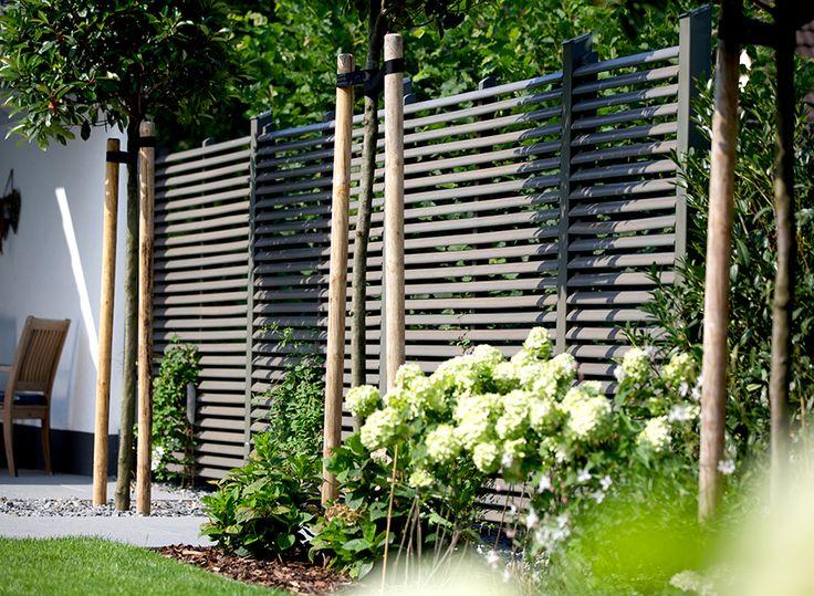 Panneaux brise vue braun wuerfele basileek brisevue voisin brise vue - Comment isoler un balcon ...