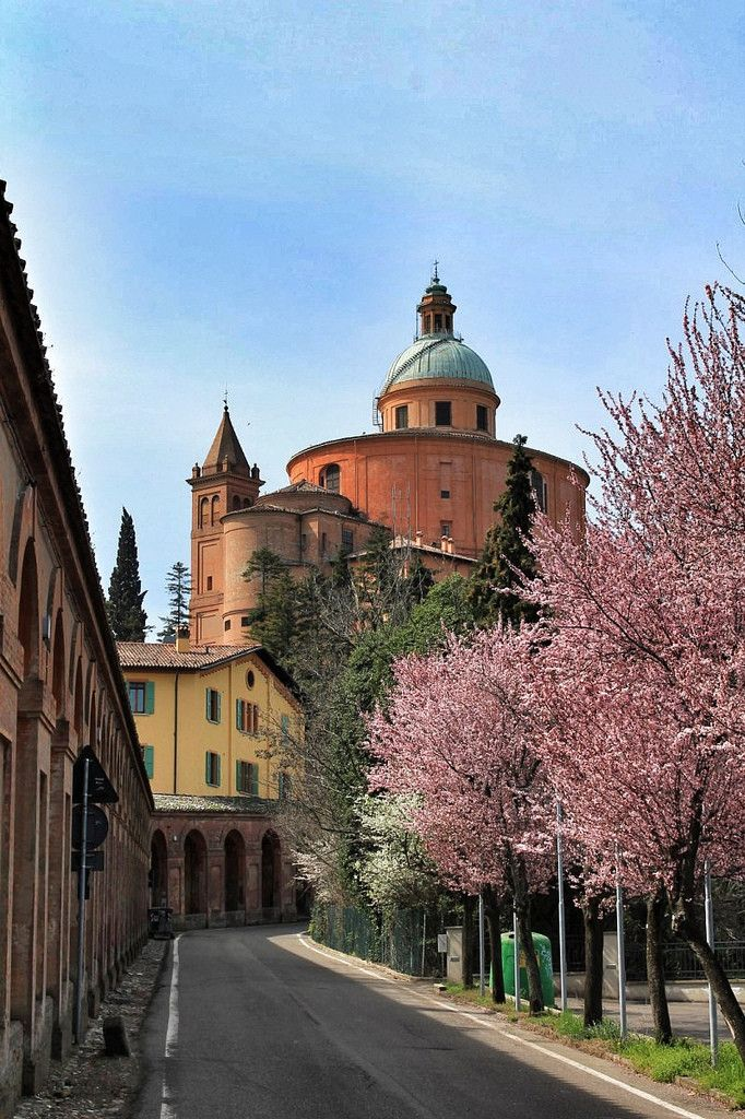 Bologna, Italy #italy #beauty #travel #cruise