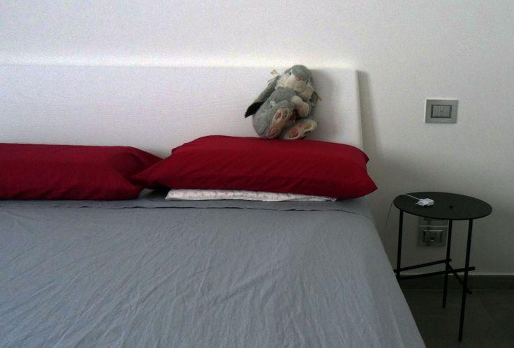 Less is more. Progetto personale. Camera da letto, semplicità nelle forme.