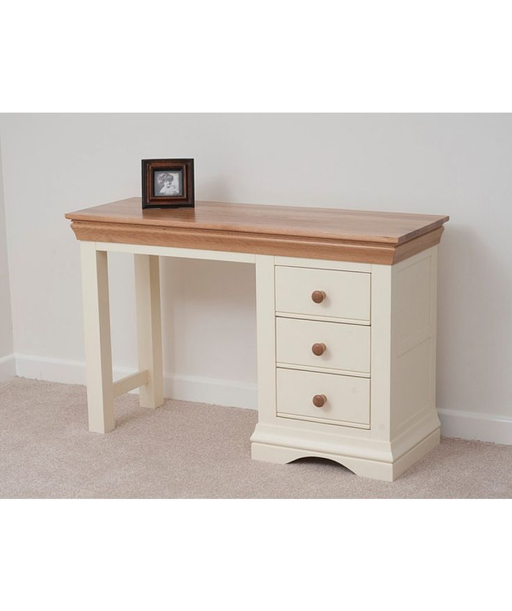 Country Cottage Natural Oak and Painted #DressingTable comes in an eye- catching appearance is a perfect blend of functionality and durability.