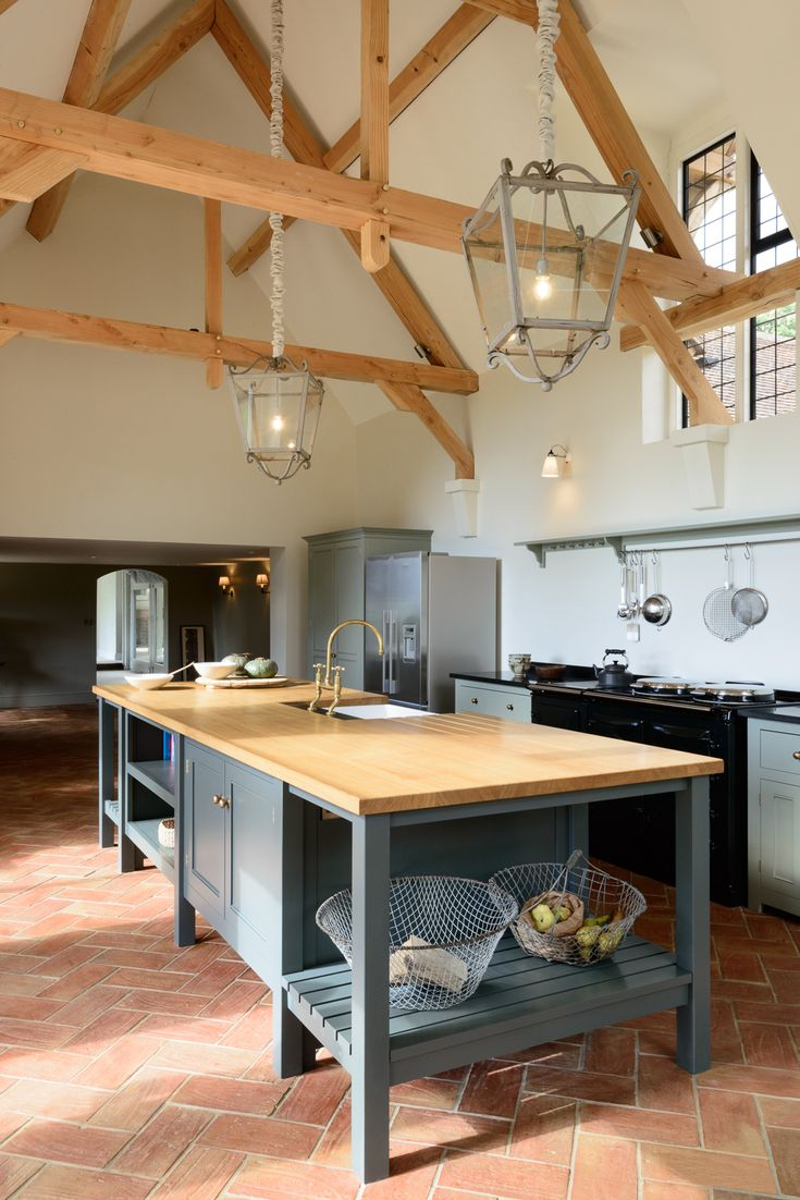 The island in the guildford dairy classic english kitchen for Kitchen ideas guildford