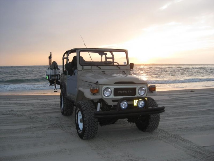 Fj40 surf fishing ocracoke island outer banks north for Surf fishing nc