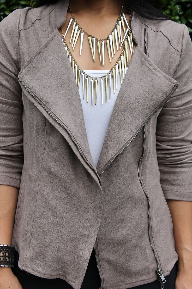 Jacket: Stitch Fix // Necklace: Urban Outfitters